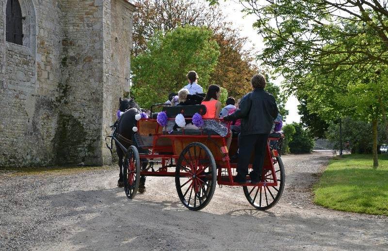 Ceremonie à la Grange du Prieuré